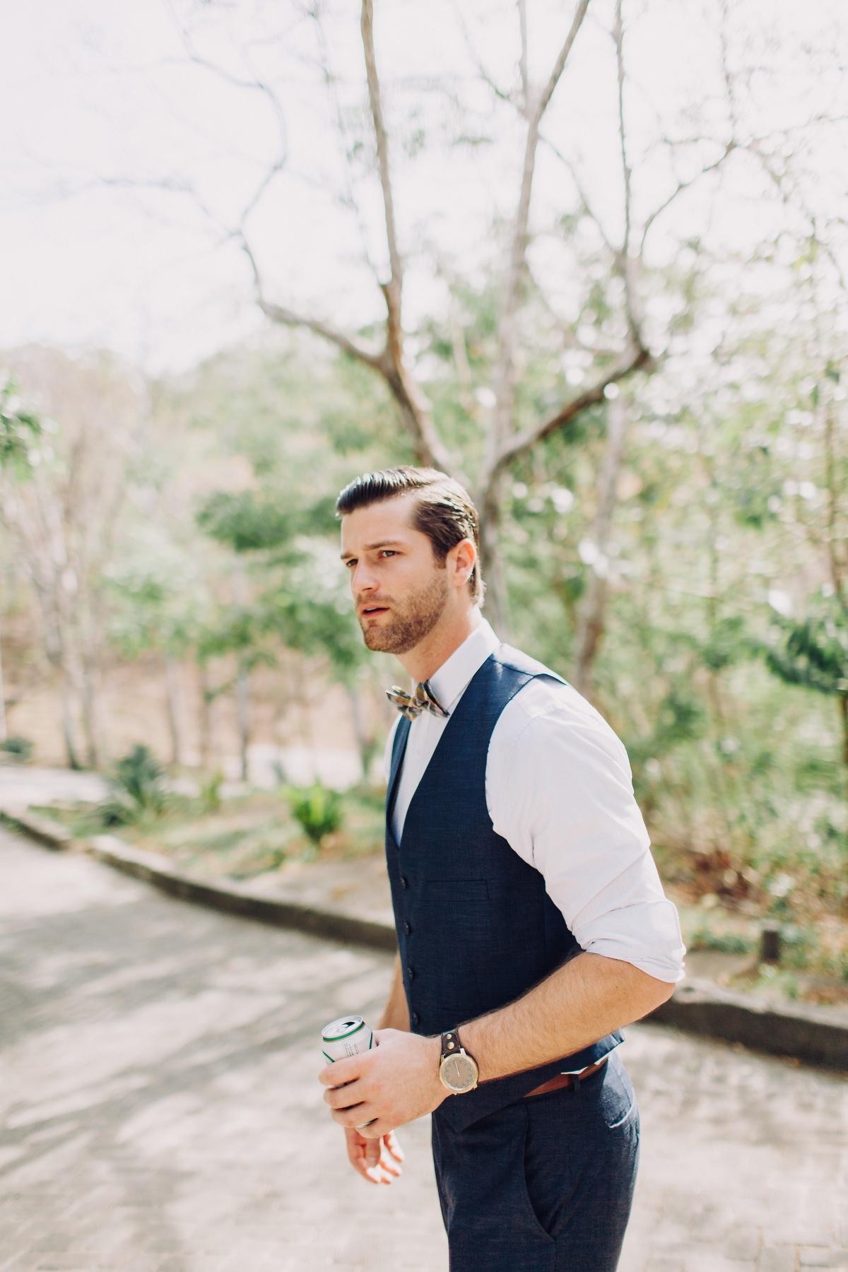 Groom ready for his destination wedding in Aqua Resort Venue Nicaragua