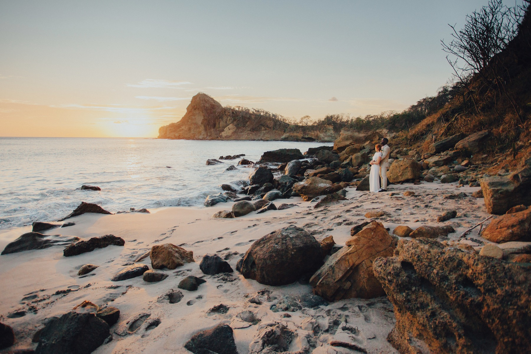 Beach wedding Venue in Nicaragua. Aqua resort at Redonda Bay - Tola. Elopement wedding of Magan and Aquil