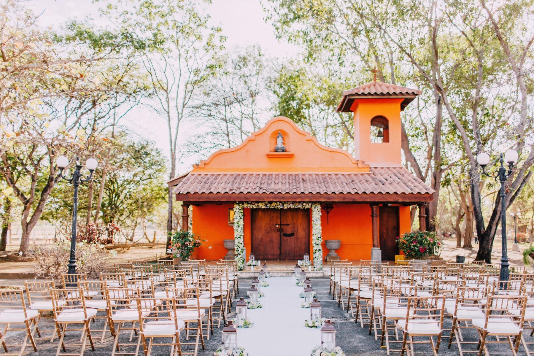 Colonial style wedding venue Mexico Nicaragua